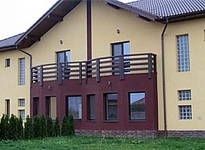 Balustrade exterioare din lemn masiv