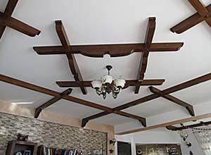 Decoratiuni interioare din lemn masiv